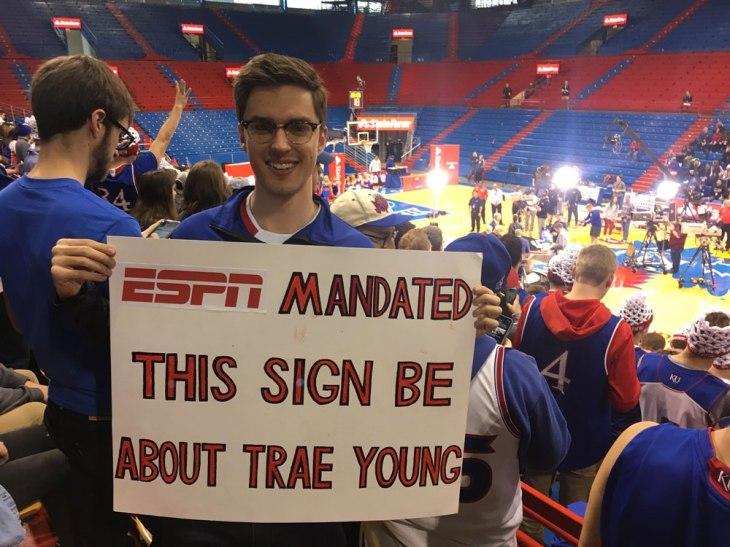 ESPN_Trae_Young_Sign